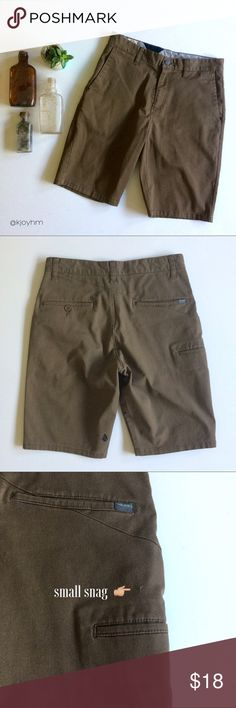 """Volcom chino shorts These shorts are a great wardrobe staple, and can be dressed up a bit with a short sleeved button-down, or worn casually with a tshirt or hoodie. 15"""" across waist, 8.5"""" leg opening, 10"""" inseam. Volcom Shorts Flat Front"""
