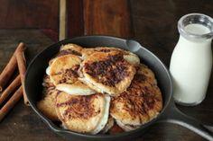 "Cinnamon Fry Bread: NUTRITIONAL COMPARISON (per serving) Traditional Fry Bread = 217 calories, 32 carbs, 0 fiber ""Healthified"" Fry Bread = 168 calories, 0.8 carbs, 0 fiber"
