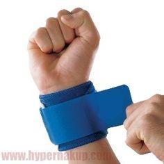 Spevňujúca nastaviteľná bandáž zápästia je určená pre preventívnu ale i terapeuticko-rehabilitačnú ochranu svalov väziva a kĺbov.Účinná hrejivá bandáž pre urýchlenie liečby a prevenciu zranení. Bandáž je navrhnutá tak aby zabezpečila spevnenie, ochranu a teplo - pre urýchlenie liečby a prevenciu športových úrazov. Bandáž zápästia pomáha zdržiavať telesné teplo, tým ohrieva postihnutú oblasť a zvyšuje krvný obeh. Tento zvýšený prietok krvi urýchľuje prirodzený proces hojenia, znierňuje… Fashion, Moda, Fashion Styles, Fashion Illustrations