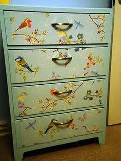 Dresser with wallpaper (pip)