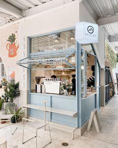 Architecture Restaurant, Modern Restaurant, Cafe Restaurant, Restaurant Design, Cafe Shop Design, Small Cafe Design, Kiosk Design, Small Store Design, Italian Interior Design
