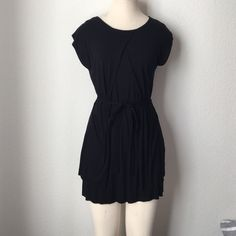 Velvet Brand Black Dress Cute black dress! Ties around the waist. Velvet Dresses