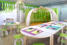 Voici 'Petite pousse': un atelier pour enfants imaginé par @matalicrasset  pour le musée le Carré d'Art, à Nîmes.