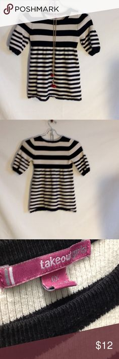 Girls Stripped Top Stylish top to wear with leggings or jeans. Fits an average 8-10 year old. Shirts & Tops