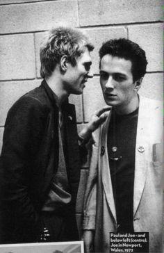 Paul Simonon and Joe Strummer New Wave Music, Good Music, My Music, Joe Strummer, The Clash, Toast Of London, Topper Headon, The Future Is Unwritten, Paul Simonon