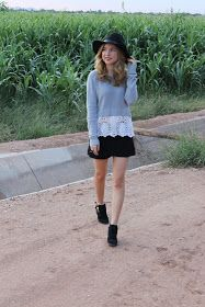 Fall style , felt hat , ankle boots