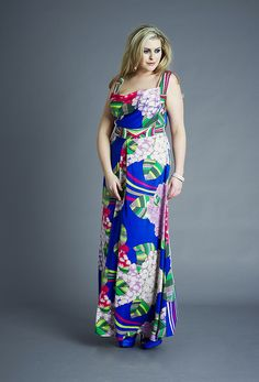 I am sure you would like this kind of silk dress. If you want to get good quality of silk dress material, you can go to the http://www.silkfabricwholesale.com/ to have a look. So what are you waiting for?