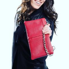 Simplistic style + Smile is all you need to accessories!! ❤️ The LONDON NU SOHO small pouch/clutch in red. Available on line at www.nella-bella.com or at selected @shoppersdrugmartoffical Beauty Boutiques  .  . . . .  #Summer #clutch #Handbags #getthelook #chic #jetset #armcandy #travel #dayandnight #womensfashion #handbags #fashion #CrueltyFree #smile #veganfashion #veganlife #vegan #eco #ecochic #style #pastels #Purse #coast #NBSS16 #NellaBellaBrand  Clutch Handbags, Beauty Boutique, Vegan Fashion, Vegan Life, Get The Look, Soho, Boutiques, Pastels, Coast
