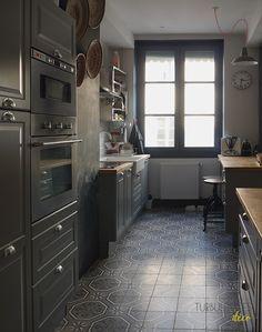 Chez Anne-Sophie, Freckles Design || Une cuisine familiale avec ces carreaux de ciment