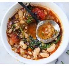 Easy Italian vegetable soup with farro, cannellini beans, zucchini, leeks and spinach. Also goes by the name Minestrone or Zupps di Farro! Italian Vegetable Soup, Italian Vegetables, Veggie Soup, Vegetarian Recipes, Cooking Recipes, Healthy Recipes, Veg Soup Recipes, Best Minestrone Soup Recipe, Chard Recipes