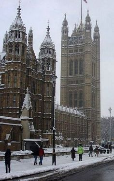 Houses of Parliament in snow, London, United Kingdom | by Panhard