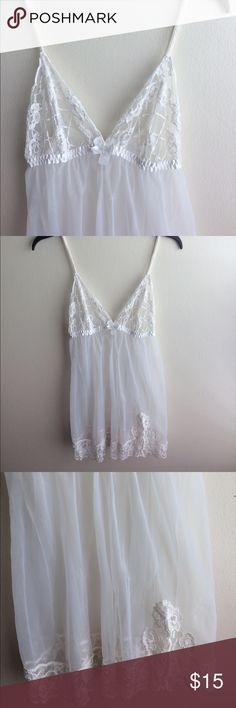 Fredericks lingerie Size large, great condition Frederick's of Hollywood Intimates & Sleepwear Chemises & Slips