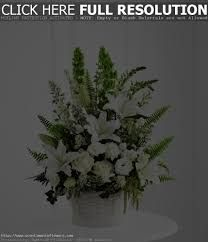 > www.scentimentsflowers.com smart tips for wedding table flower arrangements