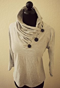 diy: t-shirt refashion--v-neck into gathered cowl collar | trash to couture
