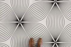 floral-line-flower-line-pattern-vinyl-flooring-neutral-feet