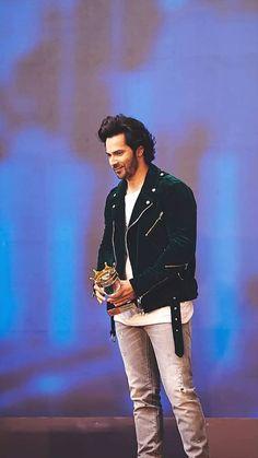 Favourite hero of Raafia Shaikh Celebrity Look, Celebrity Crush, Most Beautiful Man, Beautiful People, Varun Dhawan Instagram, Film World, Indian Man, Bollywood Stars, Bollywood Celebrities