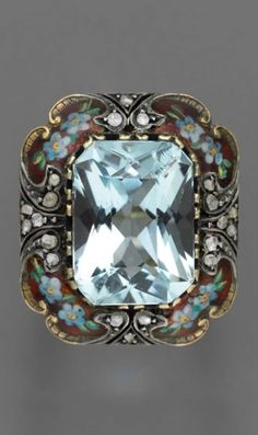 Jewelry Diamond : Aquamarine ring, European, about The ring features a large radiant-cut aqu. - Buy Me Diamond Art Deco Jewelry, Jewelry Rings, Jewelry Accessories, Fine Jewelry, Jewelry Design, Jewellery Uk, Gold Jewelry, Victorian Jewelry, Antique Jewelry