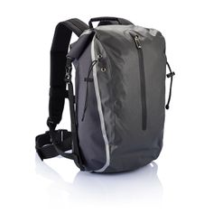 Swiss Peak waterproof backpack. 210D polyester and 210D ribstop waterproof backpack with a big main compartment to be closed with buckles, zippered front pocket and firm padded shoulder straps. Now all your gear can be taken along in dry conditions.