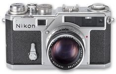 Nikon Cameras Products History All Nikon models from SLR, DSLR, Digital, Rangefinders and compact cameras, First Nikon cameras made for photographers Old Cameras, Vintage Cameras, Nikon 35mm, Classic Camera, Rangefinder Camera, Retro Camera, Camera Photography, Leica, Digital Camera