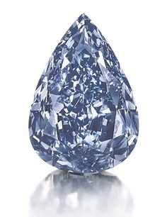 Weighing 13.2 carats, this flawless vivid blue diamond is the largest of its kind. #diamants