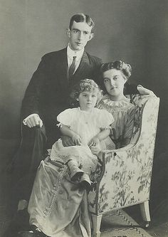 Prince William of Sweden, Grand Duchess Marie Pavlovna the younger and their son, Prince Lennart. 1911.
