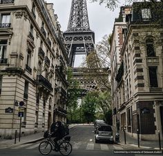 Great shot taken by Junior Eric Sarlo, studying Fashion in Paris. He captures the city's whimsical charm perfectly!