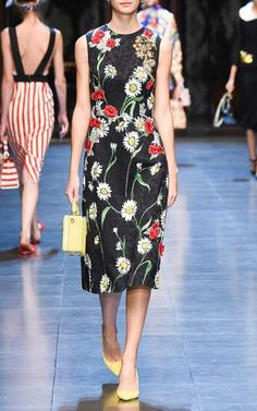 Dolce & Gabbana Spring Summer 2016 Look 60 on Moda Operandi