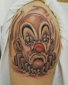 Tattoos Design Joker Skull Tattoo Picture Design Joker Skull Tattoo Picture via WordPress Clown Face Tattoo, Evil Clown Tattoos, Jester Tattoo, Face Tattoos, Body Art Tattoos, Payasa Tattoo, Hannya Tattoo, Money Tattoo, Tattoo Font For Men