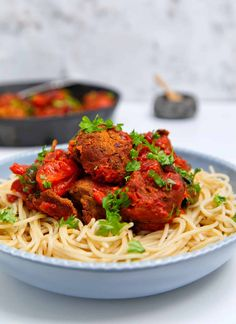 Delicious No-Meat Balls that are super easy to make with simple plant-based ingredients. These will be the best vegan and gluten free meatballs you've tried Vegaterian Recipes, Allergy Free Recipes, Vegan Recipes, Gluten Free Meatballs, Meatless Meatballs, Vegan Meatballs, Mozzarella, Vegan Clean, Vegetable Puree