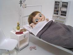Blythe Doll Hospital Room Diorama