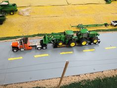 Model Farm Monday Week 174   Customs & Display Journals ®   Toy Talk   The Toy Tractor Times Online Magazine
