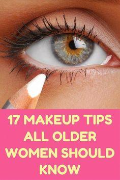 17 Makeup Tips All Older Women Should Know #BeautyTipsShaving #BeautyRoutineCalendar Beauty Secrets, Beauty Hacks, Beauty 101, Beauty Ideas, Beauty Care, Beauty Products, Makeup Tips For Older Women, Make Up Tricks, Braut Make-up