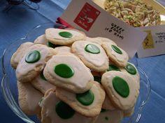 Me likey food!: Dr Seuss Birthday Party