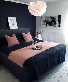Best Ideas For Home Decor Bedroom Decor Ideas - What color bedroom helps you sleep? Bedroom Decor Ideas - What color relieves stress? Decor Room, Home Decor Bedroom, Bedroom Furniture, Bedroom Ideas, Bedroom Designs, Grey Furniture, Furniture Layout, Bedroom Inspiration, Furniture Sets