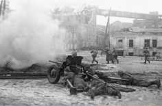 gun supports the attack of Soviet infantry at the railway station in Rostov-on-Don Soviet Army, Armored Fighting Vehicle, Story Of The World, Big Guns, Red Army, Panzer, War Machine, World War Two, Ww2