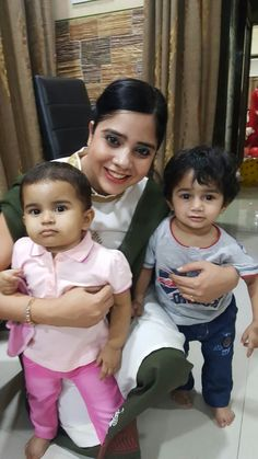 4th dec yasir birthday eve..  Yasir and iqra with mommy..  Baby is 33 weeks