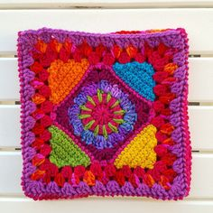 granny square crochet purse with ends woven in, crochetbug, granny square purse, sangria