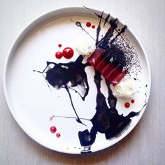Check this awesome dish photo uploaded by Aggelos Rimadis Weight Watcher Desserts, Mini Desserts, Plated Desserts, Chefs, Modernist Cuisine, Modern Food, Low Carb Dessert, Cupcakes, Food Is Fuel