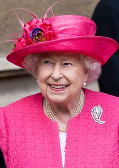 Queen Elizabeth II attends the wedding of Lady Gabriella Windsor and Mr Thomas Kingston at St George's Chapel on May 2019 in Windsor, England. (Photo by Mark Cuthbert/UK Press via Getty Images) Princess Margaret Wedding, Princess Alexandra, Princess Anne, Young Queen Elizabeth, Royal Monarchy, British Royal Families, Prince Phillip, Royal Engagement, Duchess Of Cambridge
