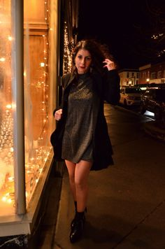 29f3f4d01d90 New Year's Eve outfit - How to wear an outstanding outfit for new year –  Lifestyle. New Years Eve ...