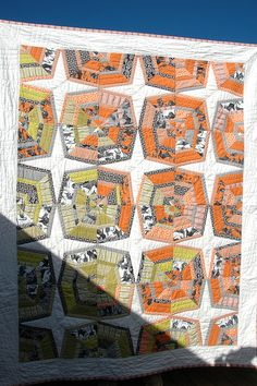 love this spiderweb quilt by Marit!