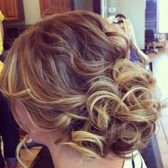 Wedding Hairstyles :   Illustration   Description   Featured Hairstyle: Hair and Makeup by Steph    -Read More –   - #WeddingHairstyle https://adlmag.net/2018/01/02/wedding-hairstyles-featured-hairstyle-hair-and-makeup-by-steph-30/