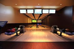 boutique-bowling-alley-room