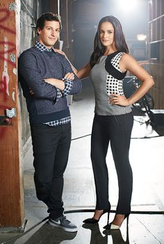 Brooklyn Nine-Nine stars Andy Samberg aka Jake Peralta and Melissa Fumero aka Amy Santiago get dressed up as their characters in the latest issue of Good. Brooklyn Nine Nine Funny, Brooklyn 9 9, Jake And Amy, Jake Peralta, Andy Samberg, Comedy Tv, Film Serie, Best Tv Shows, Celebs