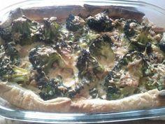 Broccolitaart met peer en cashewnoten.