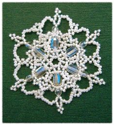 Snowflake #51 Ornament Pattern Beaded Christmas Decorations, Christmas Crafts To Sell, Snowflake Ornaments, Beaded Ornaments, Christmas Jewelry, Diy Christmas Ornaments, Snowflakes, Christmas Crafs, Christmas Projects