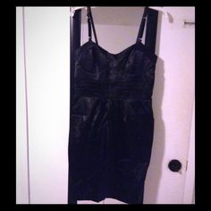 "Selling this ""Black Dress w/2 Side Pockets"" in my Poshmark closet! My username is: melissanbravo. #shopmycloset #poshmark #fashion #shopping #style #forsale #Dresses & Skirts"
