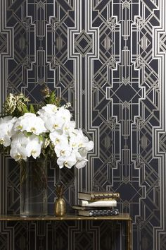 The Great Gatsby iconic Art Deco wallpaper design / wallcovering – glamorous feature wall – Le papier peint / … Estilo Art Deco, Arte Art Deco, 1920s Art Deco, Art Deco Wallpaper, Of Wallpaper, Designer Wallpaper, Beautiful Wallpaper, Asian Wallpaper, Diamond Wallpaper