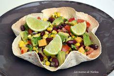 Ma cuisine au fil de mes idées...: Salade de haricots rouges, avocat, maïs et cheddar ... au citron vert et huile pimentée Cheddar, Bbq, Tacos, Mexican, Wraps, Ethnic Recipes, Tortillas, Food, Point