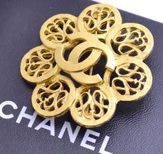 CHANEL CC Logo Filigree Flower Brooch Gold Tone Pin 96A w/BOX Excellent #497 #Chanel